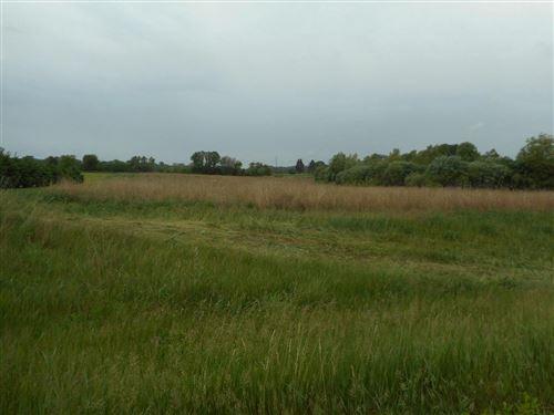 Photo of L18 Britton Rdg, Union Grove, WI 53182 (MLS # 1743027)