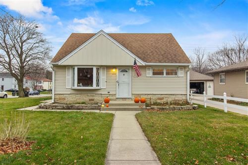 Photo of 3312 5th Ave, South Milwaukee, WI 53172 (MLS # 1721029)