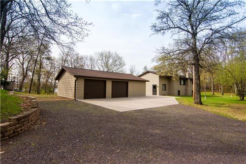 Photo of 610 HYER DR, JEFFERSON, WI 53549 (MLS # 1541031)