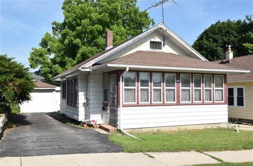 Photo of 318 Scott Ave, Waukesha, WI 53186 (MLS # 1697031)