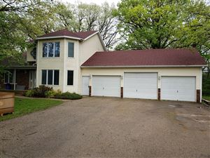 Photo of W5612 Sunset Ridge St, Walworth, WI 53184 (MLS # 1637037)
