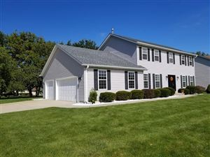 Photo of 1860 Sunset Dr, Twin Lakes, WI 53181 (MLS # 1638037)