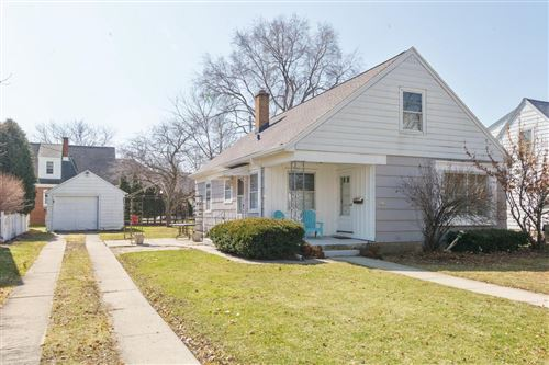 Photo of 7413 Hennessey Ave, Wauwatosa, WI 53213 (MLS # 1684037)