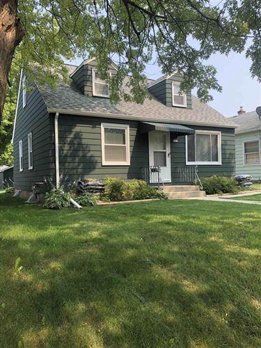 Photo of 3612 N 81st St, Milwaukee, WI 53222 (MLS # 1754037)