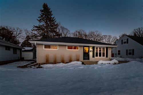 Photo of 1008 1st Ave, Grafton, WI 53024 (MLS # 1730038)