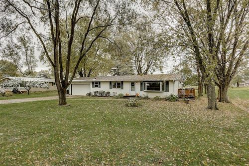 Photo of W5117 Strawberry Hill Rd, Elkhorn, WI 53121 (MLS # 1666040)