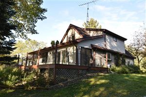 Photo of 28608 Martha CT, Waterford, WI 53185 (MLS # 1663041)