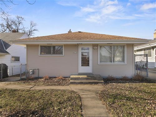 Photo of 4613 S 47th St, Greenfield, WI 53220 (MLS # 1671044)