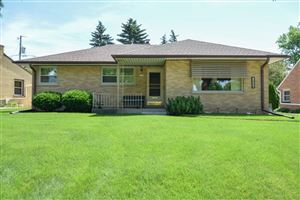 Photo of 2756 S Cleveland Park Dr, Greendale, WI 53219 (MLS # 1646049)