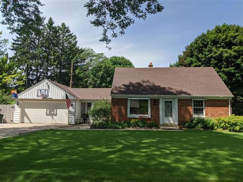 Photo of 7607 N Fairchild Rd, Fox Point, WI 53217 (MLS # 1690050)