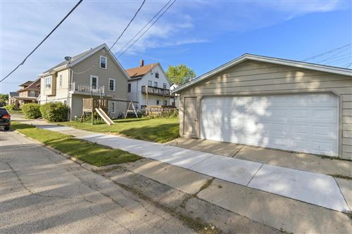 Photo of 729 Madison Ave, South Milwaukee, WI 53172 (MLS # 1694051)