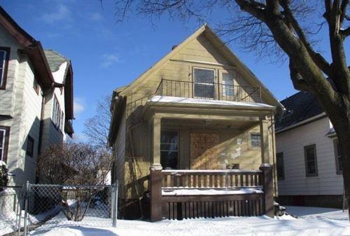 Photo of 3578 N 10th St, Milwaukee, WI 53206 (MLS # 1725053)