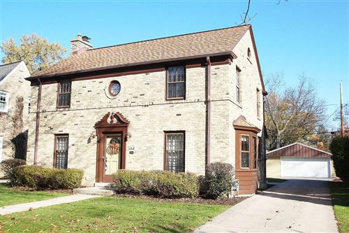 Photo of 2618 N 88th St, Wauwatosa, WI 53226 (MLS # 1666055)