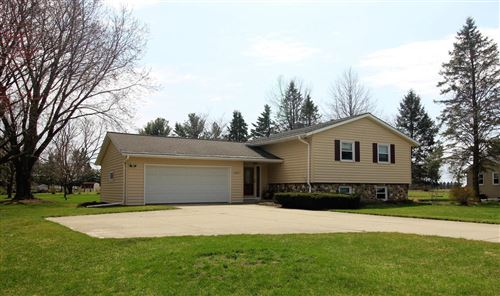 Photo of 4897 Lois Ln, West Bend, WI 53095 (MLS # 1734057)