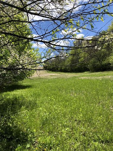 Photo of 3498 State Highway 167, Richfield, WI 53076 (MLS # 1741057)