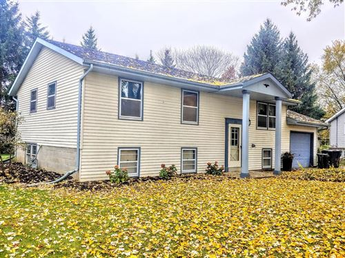 Photo of 217 Franklin Ct, Dousman, WI 53118 (MLS # 1666058)