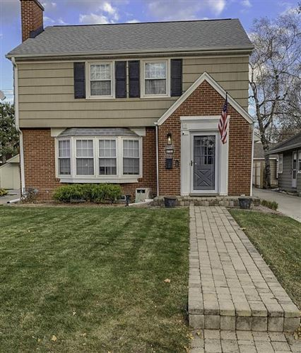 Photo of 4906 N Elkhart Ave, Whitefish Bay, WI 53217 (MLS # 1718059)