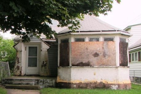 Photo of 222 W Randolph St, Milwaukee, WI 53212 (MLS # 1674060)