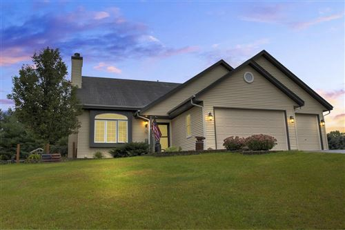 Photo of W6671 Bluff Rd, Whitewater, WI 53190 (MLS # 1709064)