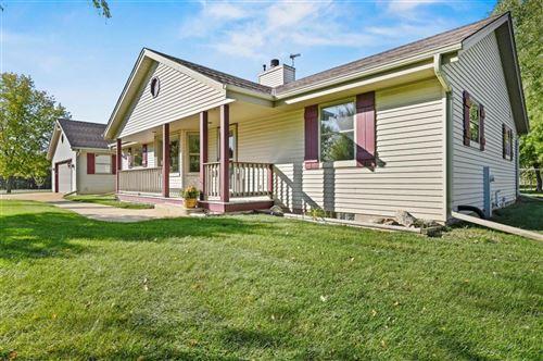 Photo of 6460 S Loomis Rd, Waterford, WI 53185 (MLS # 1713064)