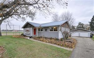 Photo of 211 Fairview Dr, Walworth, WI 53184 (MLS # 1667065)