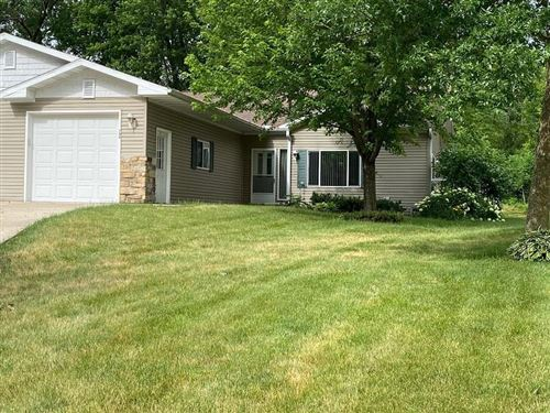 Photo of 704 Riverview Ct, Jefferson, WI 53549 (MLS # 1748066)