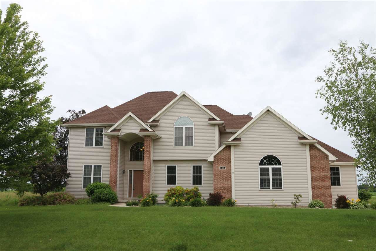 596 WHISPERING SPRINGS DRIVE, Fond du Lac, WI 54937 - MLS#: 50224069