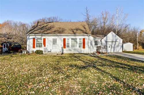 Photo of 17824 W Roosevelt Ave, New Berlin, WI 53146 (MLS # 1671070)