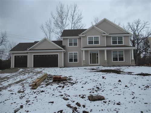 Photo of 5265 S 37th St, Greenfield, WI 53221 (MLS # 1684071)
