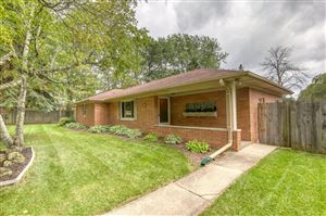 Photo of 4425 S 68th St, Greenfield, WI 53220 (MLS # 1659072)