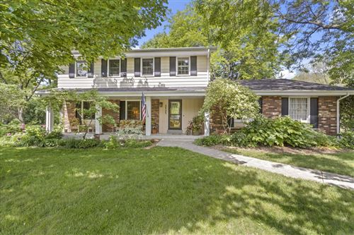 Photo of 2525 Almesbury Ave, Brookfield, WI 53045 (MLS # 1693077)