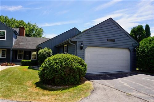 Photo of 12564 N Woodland Dr, Mequon, WI 53092 (MLS # 1702081)
