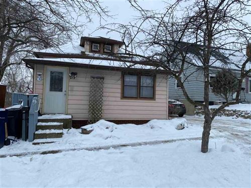 Photo of 613 Williams St, Janesville, WI 53545 (MLS # 1901081)