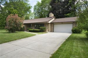 Photo of 16000 Brentwood Dr, Brookfield, WI 53005 (MLS # 1648085)