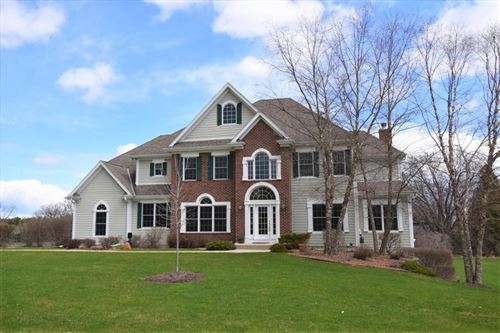 Photo of 13650 N Legacy Hills Dr, Mequon, WI 53097 (MLS # 1661087)