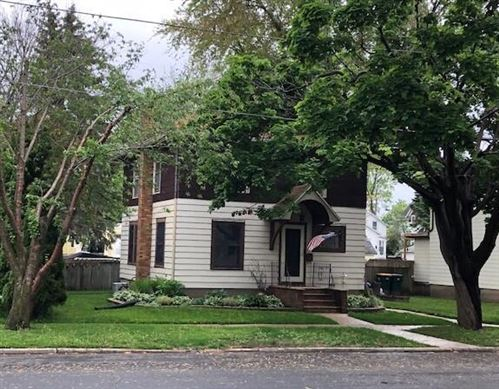 Photo of 324 Lincoln St, Fort Atkinson, WI 53538 (MLS # 1750088)
