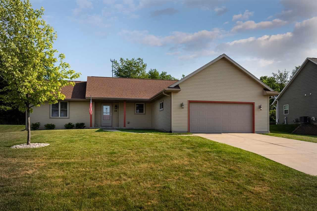 716 Orchard View Dr, Evansville, WI 53536 - MLS#: 1697088