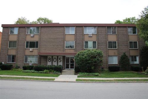 Photo of 805 E Henry Clay St #304, Whitefish Bay, WI 53217 (MLS # 1673089)