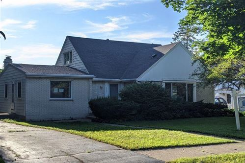 Photo of 6001 N Lydell Ave, Whitefish Bay, WI 53217 (MLS # 1705089)
