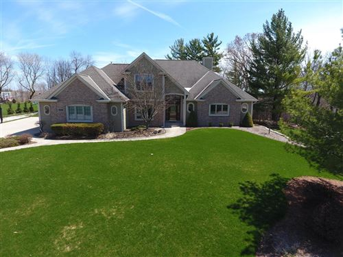 Photo of N27W26015 Steeplechase Dr, Pewaukee, WI 53072 (MLS # 1680092)
