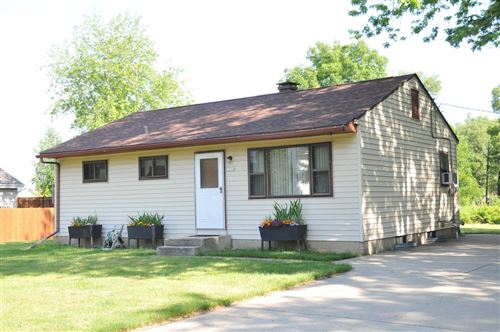 Photo of 1204 E Randy Rd, Oak Creek, WI 53154 (MLS # 1697095)