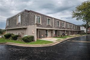 Photo of 3333 5th Ave #5E, South Milwaukee, WI 53172 (MLS # 1664098)