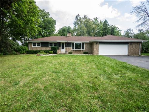 Photo of 2840 Farview Dr, Richfield, WI 53076 (MLS # 1707098)