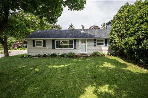 Photo of 405 N 121st St, Wauwatosa, WI 53226 (MLS # 1696100)