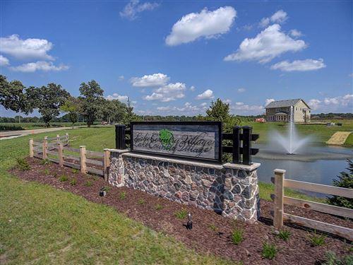 Photo of 3175 Castle Rock Dr #Lt173, Summit, WI 53066 (MLS # 1706101)