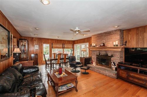 Photo of 6986 S Phyllis Ln, Franklin, WI 53132 (MLS # 1666102)