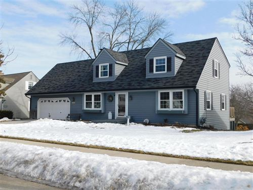 Photo of 1818 17th Ave, Grafton, WI 53024 (MLS # 1676102)