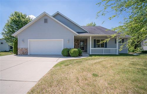 Photo of 6967 Barney Ct, West Bend, WI 53090 (MLS # 1695104)