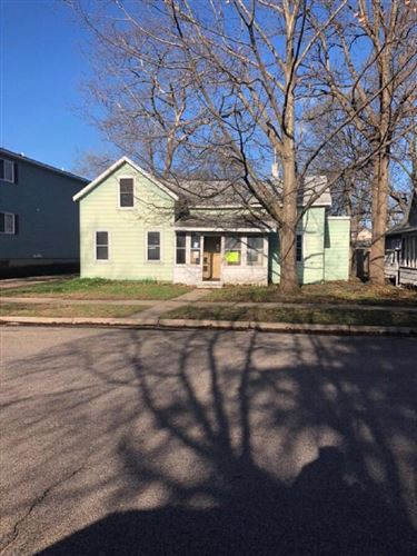 Photo of 413 Liberty ST, La Crosse, WI 54603 (MLS # 1649106)