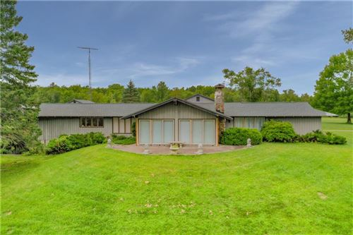 Photo of S104W38448 STATE ROAD 67, EAGLE, WI 53119 (MLS # 1546110)